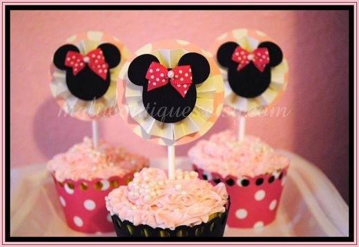 "Photo 1 of 24: Mickey Mouse Clubhouse or Minnie Mouse / Photo Shoot ""Malu Boutiques Photo Shoot Inspired by: Minnie Mouse"" 
