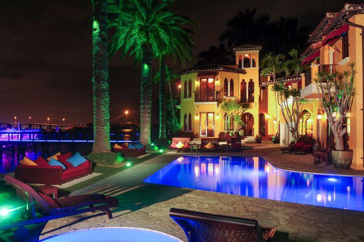 【スライドショー】エンリケ・イグレシアスが住んでいた米マイアミの家