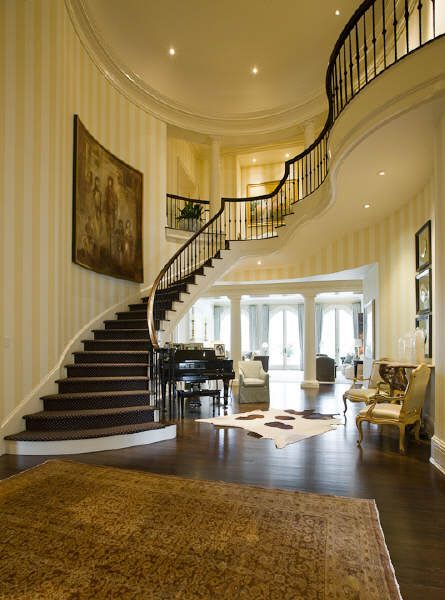 77 best images about grand staircases on pinterest for Luxury staircases