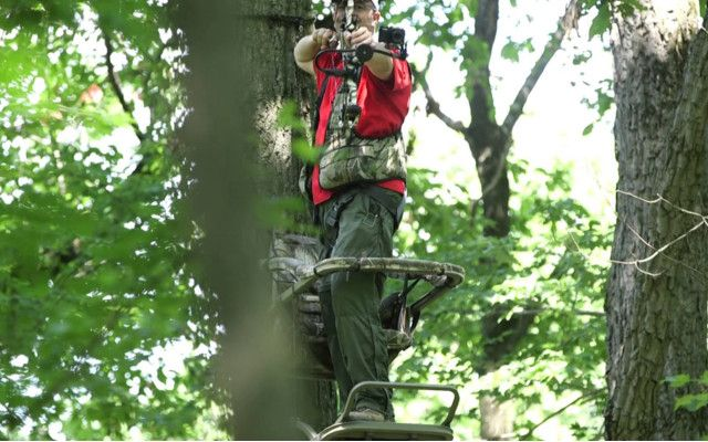 Deer Hunting Tips When deer hunting from a tree stand it is important to understand how the height your hunting will determine your shot placement.    In this video,Lancaster Archery Supply discusses how shot angles with a bow are affected by hunting deer from various heights from a tree stand. As you can see in the video this is valuable information to understand when bow hunting from up above. I would highly recommend to practice shooting from the heights you plan on hunting to be the…