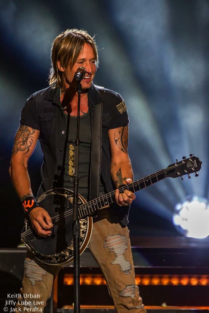 Keith Urban - I've seen him 4 times. High energy show and so awesome to see and hear! ~D