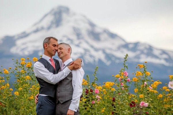 Whimsical Mountain Wedding in Oregon