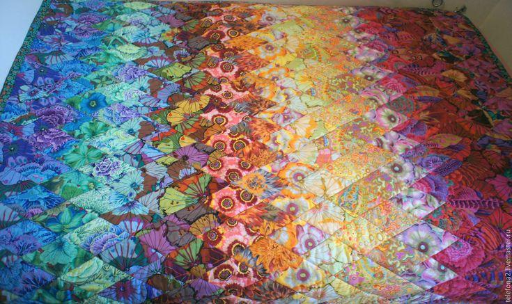 Лоскутное одеяло ' Яркая бесконечность' в интернет-магазине на Ярмарке Мастеров. В изделии использованы дизайнерские ткани коллекции LIFESTYLE ('Westminster Fibers', США) от Каффе Фассетт (Kaffe Fassett):