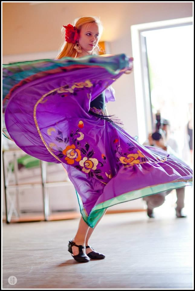 Krakowska Królewska Szkoła Baletu i Tańca dała niesamowity pokaz tańca   Copyright 2014 Tomasz O.