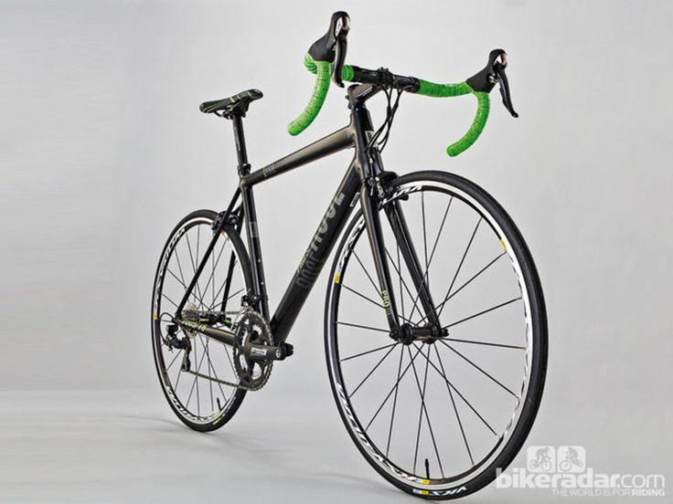 Best road bikes under £1,000 - BikeRadar Rose Pro SL-2000 Robert Smith/Future Publishing