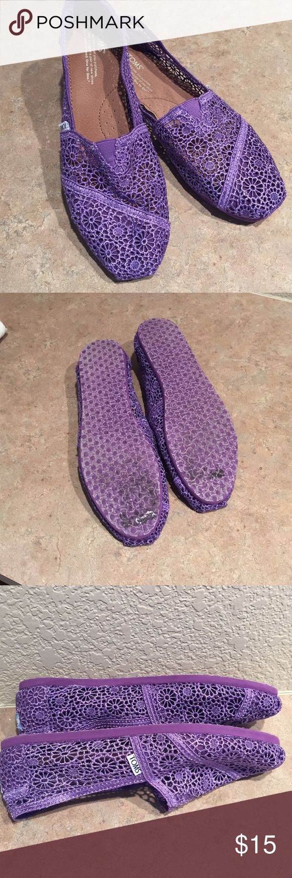 Purple lace Toms Freshly, delicately laundered.  Maybe worn 2x.  Have been sitting in my closet ☹️ Toms Shoes Flats & Loafers