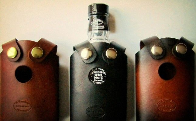 Dark Spirits: 20 Great Gifts for Whiskey Lovers  Ollie's Valentine's Day gift ideas.. Whiskey rocks and bourbon smoked spices.