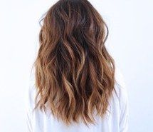 Balayage Cheveux Bruns, Cheveux Coloration Chatain, Cheveux Coifure, Bronde Brune, Ombre Haïr Brune, Couleur De Cheveux, Style Cheveux, Coiffure 18,