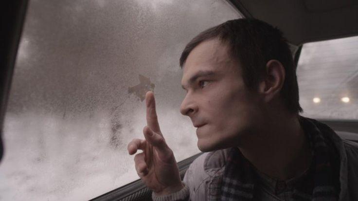 """W nominowanej do Oscara """"Idzie"""" grał m.in. Dawid Ogrodnik. O rolach w takich filmach, jak """"Ida"""" czy """"Chce się żyć"""" miałam okazję rozmawiać podczas Festiwalu Aktorstwa Filmowego we Wrocławiu. Zapraszam do przeczytania całego wywiadu, który dostępny jest pod linkiem: http://www.mmwroclaw.pl/artykul/dawid-ogrodnik-trzeba-umiec-powiedziec-stop-rozmowa-mm,2745494,art,t,id,tm.html Dawida Ogrodnika będziemy mogli oglądać w filmie """"Disco Polo"""". Produkcja będzie miała swoją premierę 27 lutego."""