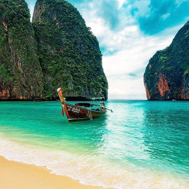 Maya Bay, Ko Phi Phi, Thailand  #aloyoga #beagoddess