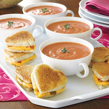 mini grilled-cheese hearts with creamy tomato soup: Tomato Soups, Creamy Tomatoes, Tomatoes Soups, Valentines Day Ideas, Soups Recipes, Cookies Cutters, Grilled Chee Recipes, Grilled Chee Sandwiches, Grilled Cheeses