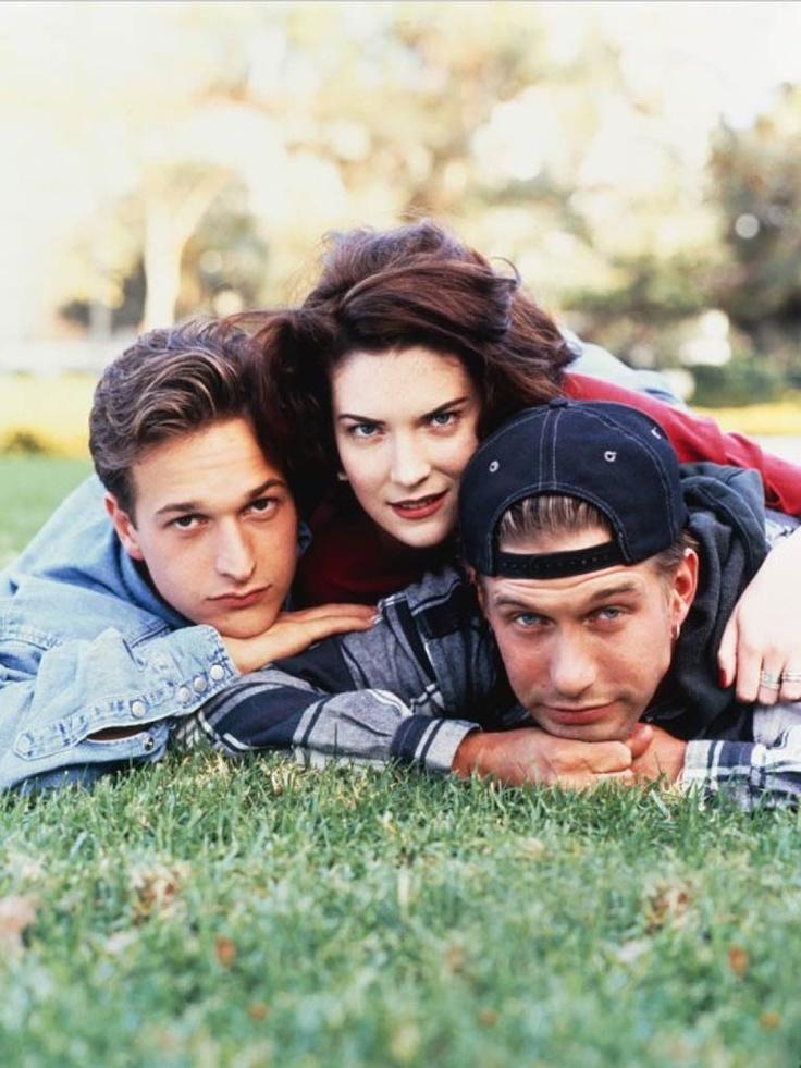 Josh Charles, Lara Flynn Boyle & Stephen Baldwin in Threesome (1994)