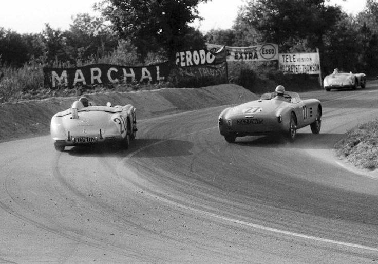 1955 24 Hours of Le Mans | Pierre Levegh's 300 SLR about to overtake Jean-Paul Colas in a Salmson 2300S Spyder