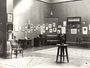 March 1902 American Pictorial Photography exhibit at the National Arts Club in New York City. Courtesy Beinecke Rare Book Room and Manuscript Library, Yale University