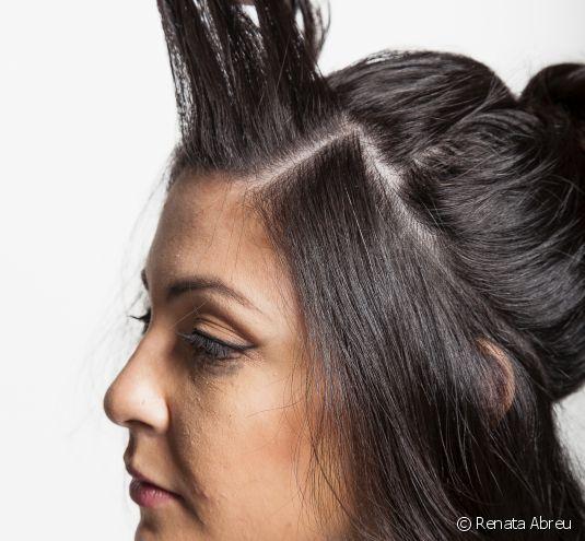 Tiara de trança holandesa: aprenda o passo a passo do penteado que é aposta para eventos elegantes