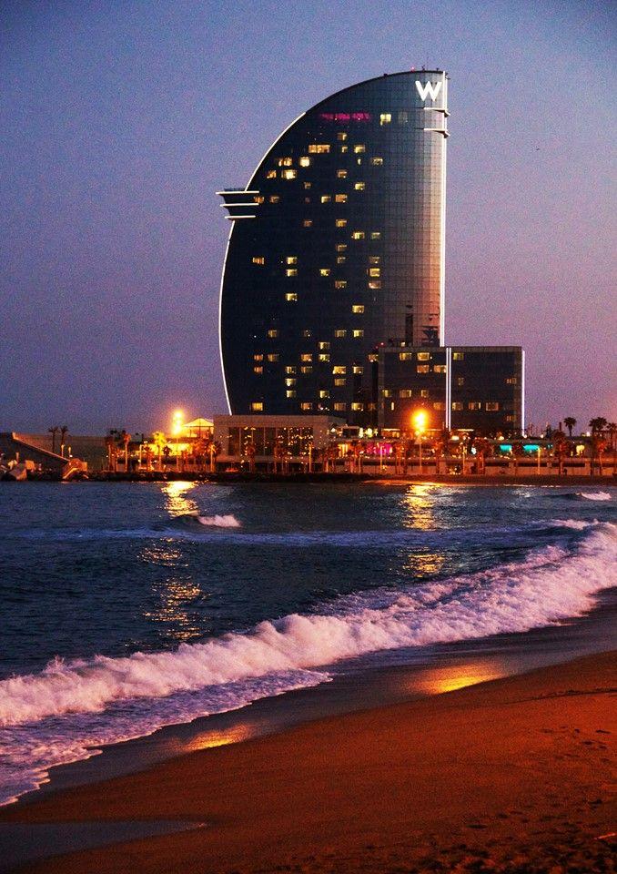 Barcelona (Catalunya - Catalonia) Real Estate Oi Barcelona ofrecemos Excelencia!! Agencia inmobiliaria de lujo en Barcelona, España .