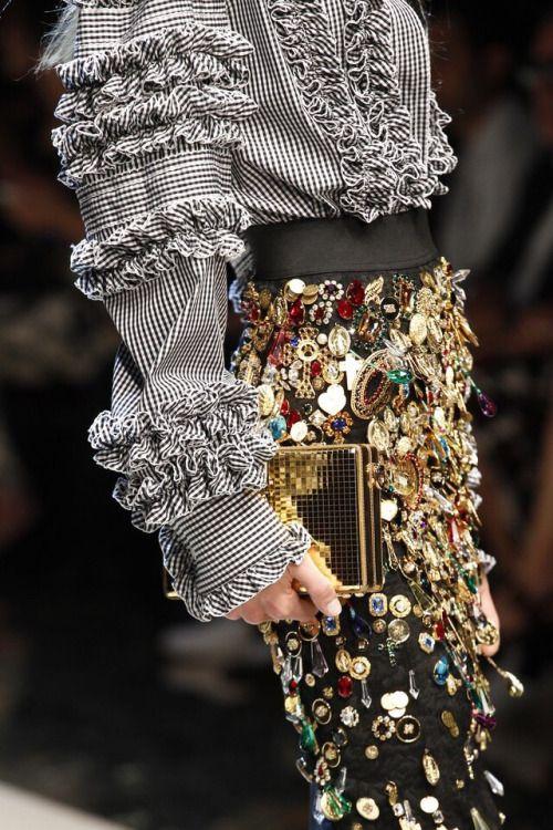 Dolce & Gabbana 2017 .