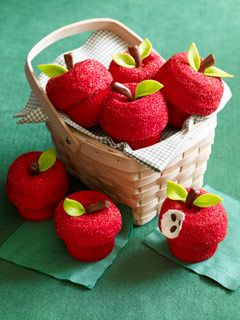 So cute apple cupcakes