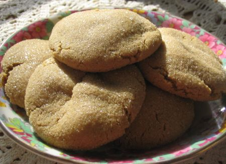 Pepparkakor - Traditional Scandinavian Sugar and Spice Cookies
