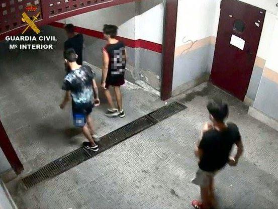Desarticulan una banda que robaba bicicletas de trasteros de garajes en Sant Vicent del Raspeig #cyclingshots #borapedalar #ciclista #triatlon #mtbbrasil