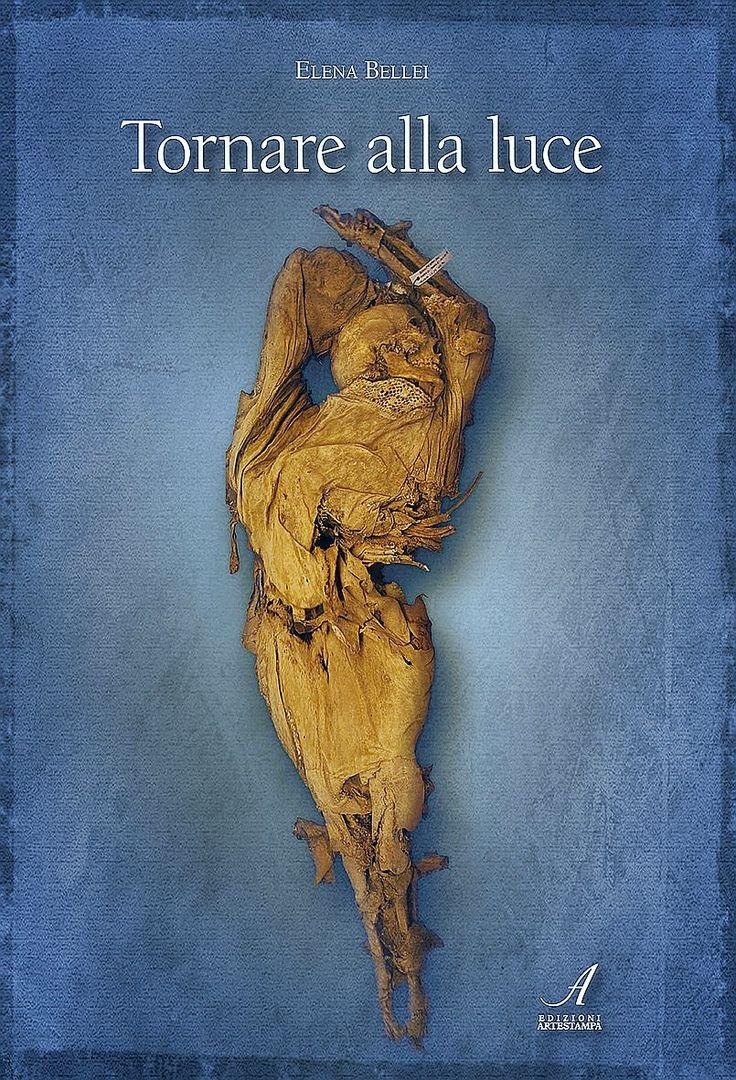 TORNARE ALLA LUCE: Tra il dicembre 2010 e il marzo 2011, durante i lavori di restauro nella Chiesa della Conversione di San Paolo a Roccapelago di Pievepelago (MO) gli archeologi hanno ritrovato una fossa comune con 281 inumati tra adulti, anziani, e bambini, di cui circa 60 mummificati.