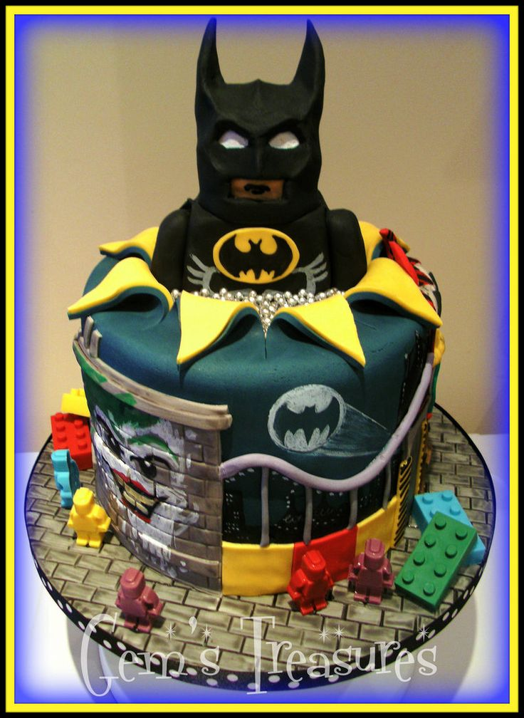 Lego Batman Cake With Edible Lego! by gertygetsgangster on deviantart