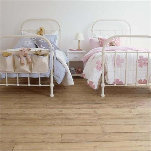 Vintage Style Kids Room: 1000+ Ideas About Vintage Dorm On Pinterest