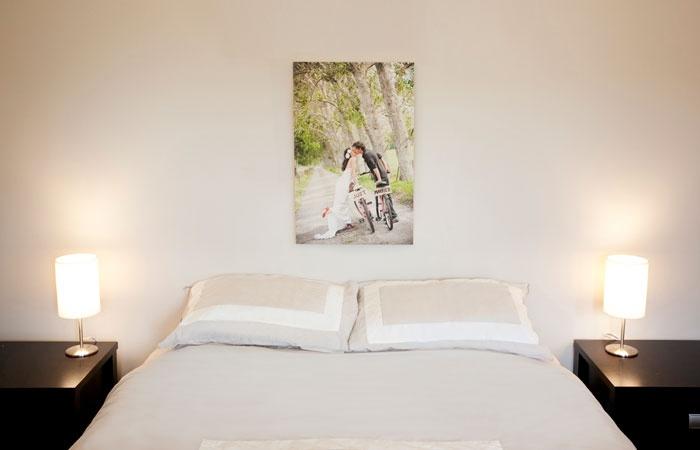 Canvas prints - wedding photos on canvas