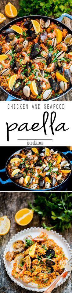 La paella es un plato tradicional con pollo y mariscos. Tambien tiene arroz y camarones. A veces personas usan conejo pero pollo es mas comun.