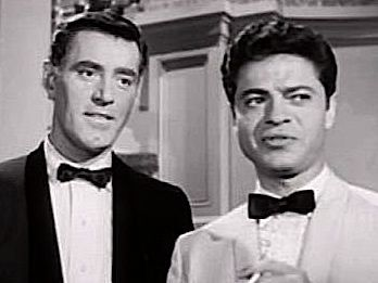 Mr. Lucky starred John Vivyan and Ross Martin.  It aired from october 1959 to June 1960.