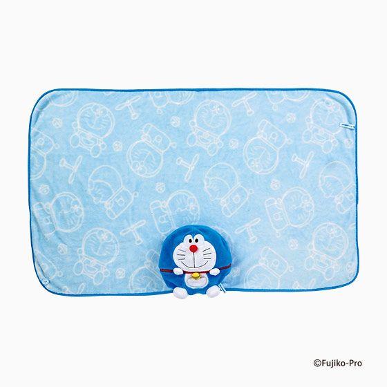 Doraemon blanket o(^_-)O サンリオのグッズ「ドラえもん クッションブランケット」をご覧ください。