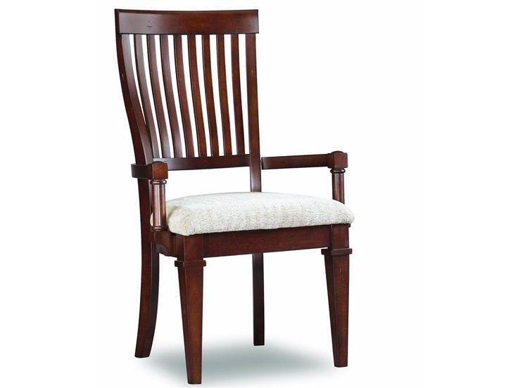 Полукресло Warm Cherry из коллекции Abbot Place. •Мягкая обивка сидения. •Будет отлично сочетаться со столом из одноименной коллекции. •Выполнено в отделке теплая вишня. •Изготолвено из дерева твердой породы и шпона вишни.             Метки: Кухонные стулья.              Материал: Ткань, Дерево.              Бренд: Hooker Furniture.              Стили: Классика и неоклассика.              Цвета: Коричневый, Темно-коричневый.