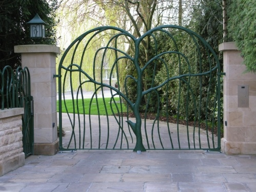 Weeping willow gate.