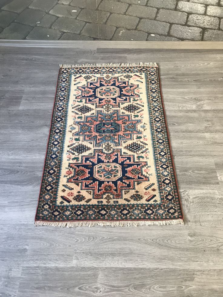 #etsy shop: 2.5x3.10ft.Small rug,Turkish rug,red rug,Oushak rug,vintage rug,door mat rug,kichten rug,Area rug,hallway rug,Anatolian rug,Shower mat rug, http://etsy.me/2BUsUMC #housewares #pink #blue #doormat #cotton #oushakrug #showermat #rug #rugs