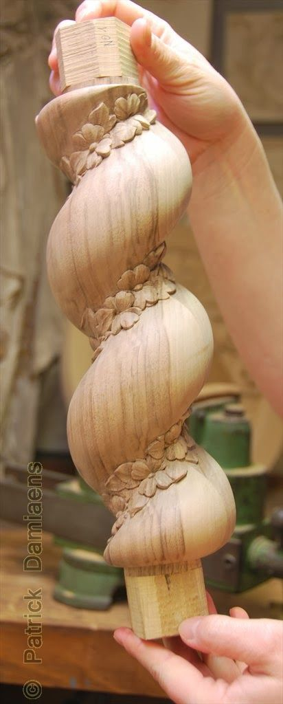 ORNAMENTAL WOODCARVER Patrick Damiaens: Wood carving Custom Made | Wood carving on Barley Twist furniture legs | Classic BARLEY TWIST legs decorated with woodcarving and ornaments