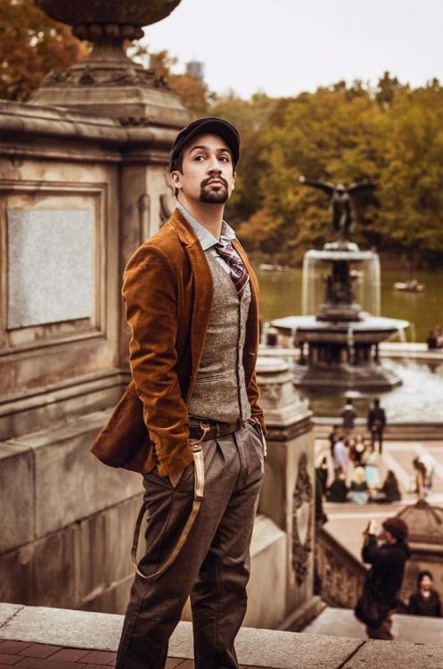 This is one of my most favorite photos of the talented and amazing Lin-Manuel Miranda
