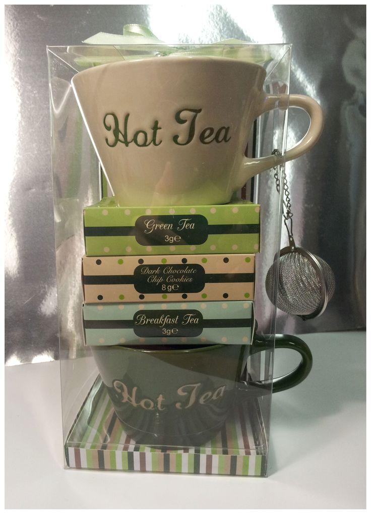 HOT TEA GIFT SET 2  Tè verde, tè nero,2 tazze, tea ball e biscotti con gocce di cioccolato
