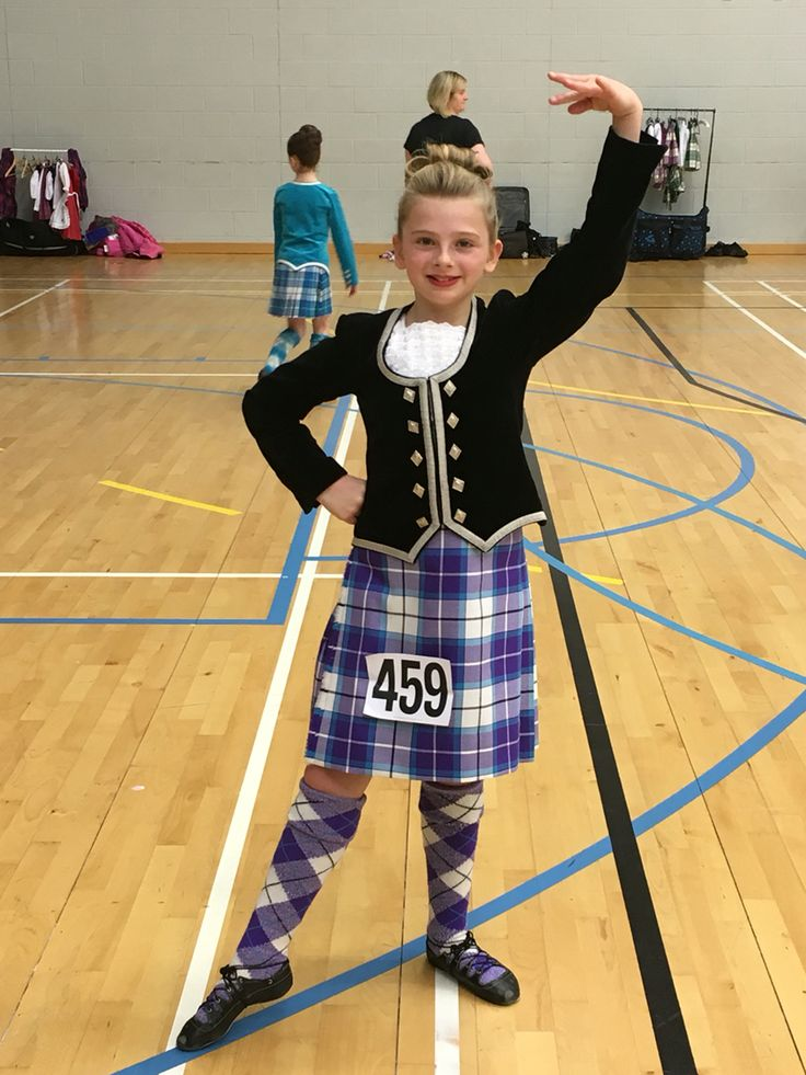 Erin in her Bonnie Violet kilt. #bonnietartan #bonnieviolet #highlanddancer #kilt #tartan