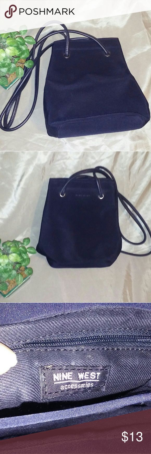 Nine West purse Dark blue Nine West Purse great condition never been used. 7x3x9 Nine West Bags Shoulder Bags