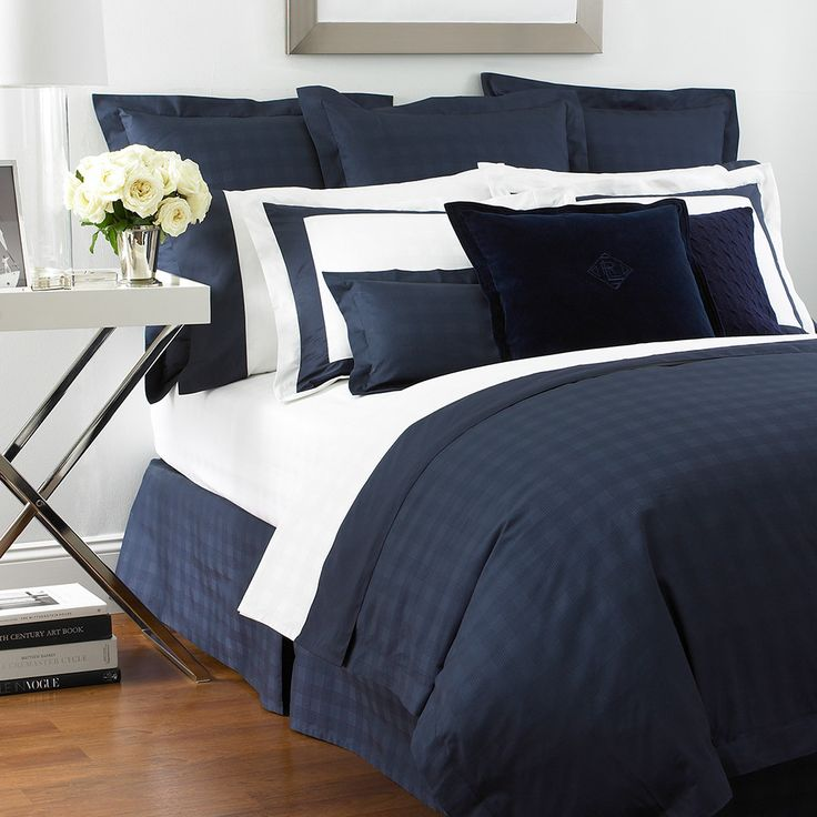 Add Clic Style To Your Bedroom With This Glen Plaid Duvet Cover By Ralph Lauren Home In Navy Blue It Features An All Over Subtle Check Design And Is