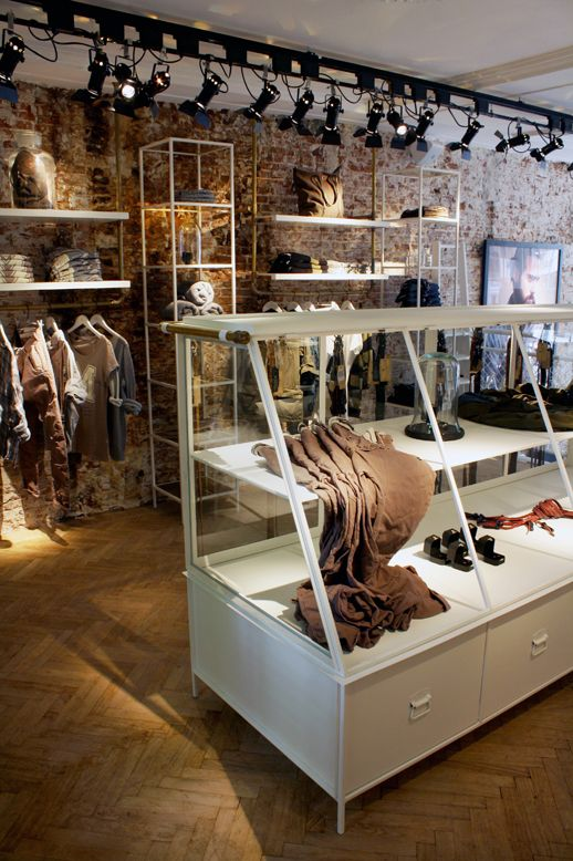 Retail Design | Shop Design | Fashion Store Interior Fashion Shops |  amsterdams blauw, amsterdam