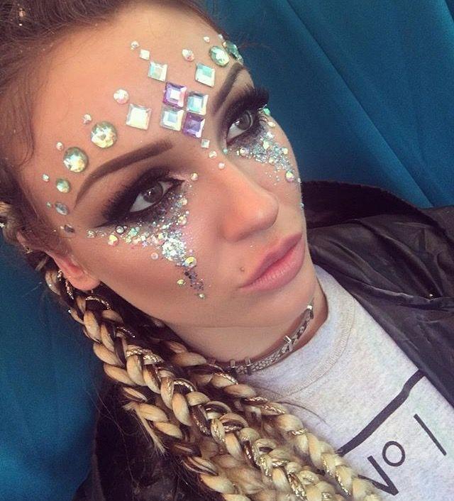 Festival jewel makeup