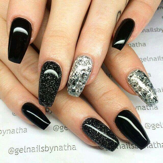 Black and silver glitter nails - Best 20+ Black Glitter Nails Ideas On Pinterest Black Nails