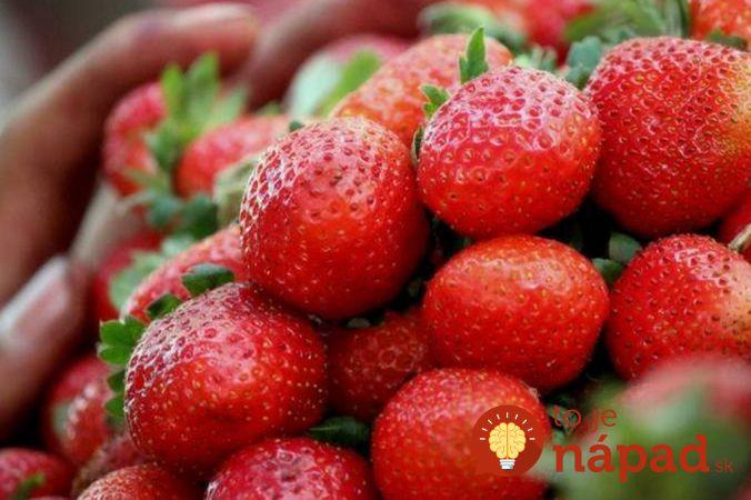 Nestíhate míňať jahody? Úplne jednoduchý trik, vďaka ktorému vydržia čerstvé omnoho dlhšie!