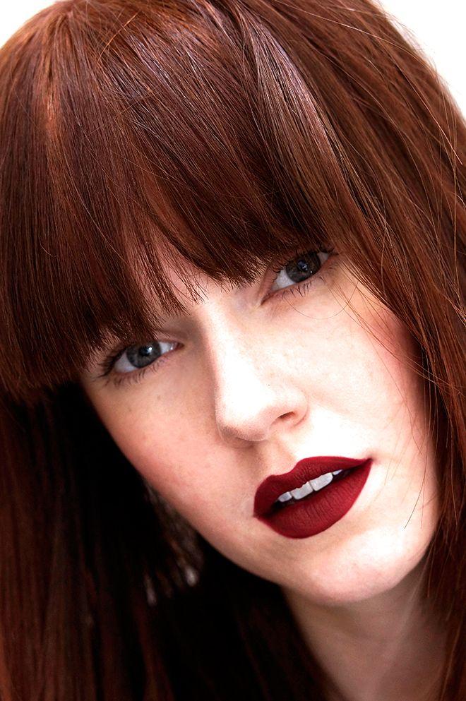 Bold oxblood red lips lipstick shade mac diva amazing for Mac cosmetics diva lipstick