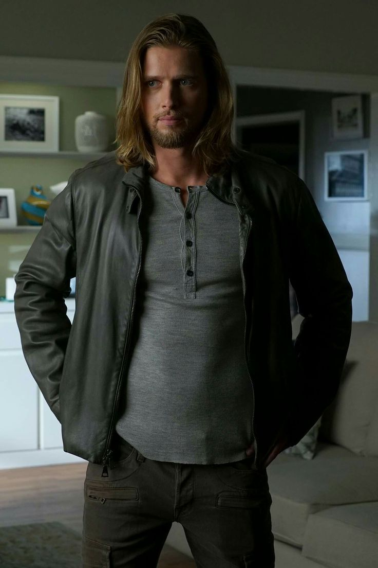 Jason-Pretty Little Liars, new look!                                                                                                                                                                                 Mais