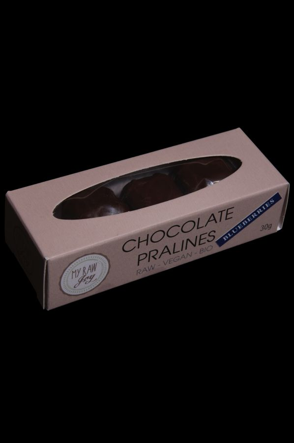 Raw Chocolate Pralines Blueberries, Raw Vegan, Clean Eating, Bio