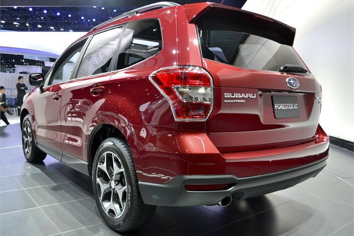 """The fourth generation of the Forester will offer a new 2.0L four-cylinder direct-injection turbocharged """"BOXER"""" engine capable of producing up to 250 hp. - Automotive Fleet Magazine - www.automotive-fleet.com #fleet"""