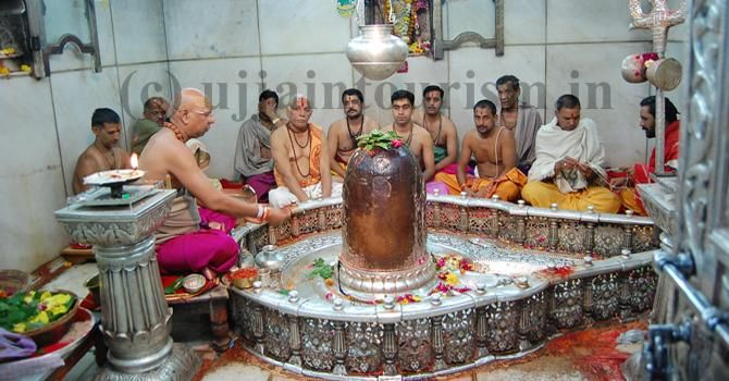 Mahakaleshwar Jyotirlinga (Hindi: महाकालेश्वर ज्योतिर्लिंग) is one of the most famous Hindu temples dedicated to Lord Shiva and is one of the twelve Jyotirlingams, which are supposed to be the most sacred abodes of Shiva. It is located in the ancient city of Ujjain in the state of Madhya Pradesh, India. The temple is situated on the side of the Rudra Sagar lake.
