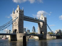 Fellow blogger Julie from A Lady In London is giving away a night's stay for two at London's Ibis Heathrow hotel plus two tickets to the women's Olympic Volleyball preliminaries. Visit her blog to find out how to win: http://www.aladyinlondon.com/2012/05/free-olympics-tickets-hotel.html